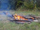 На следующий день был поход в лес на шашлычек) ммммммм, кострик был просто загляденье)