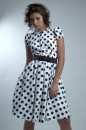 Коллекция выпускных платьев представлена клубом карнавальной культуры...