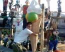 А вам слабо съесть такое мороженое?