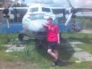 ето я в борисполе не поверите самолёт был припаркован к дому!!!