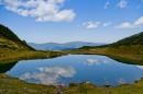 Озеро льдовикового походження діаметром 95 м  у Рахівському р-ні Закарпатської області.