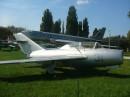 Коротенький літак - навчально-тренувальний МіГ-15