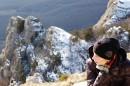 В десятиградусный мороз на склонах Демерджи можно встретить не только йети, но и тех любителей природы, для которых плохой погоды не существует! Пусть шестичасовой подъем и не назовешь беззаботной прогулкой.