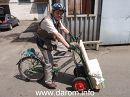 Велосипед - средство от пробок и дыма на дорогах. Плюс дает прирост мускулов и увеличивает рабочий объем легких.