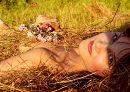 Девочка с цветочками