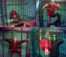 А это пьяный я играюсь с дядей милиционером в зоопарк. %-) Оперативная съёмка, поэтому качество херовое. %-)