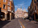 дорога ведущая к Базилике Святого Антония в Падуе (Италия)
