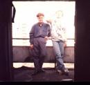 Моя любимая фотка. Мы с Бесом курим на балконе 14-