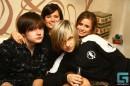 а эть плохие мальчики закрыли красивых девочек=)))))))))