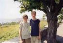 я со светлыми волосами а то мой братишка