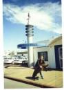 vozle policeyskogo u4astka na plyaje Santa Monica