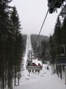 Підйом до найвищої гори курорту, на горі туман, якщо краще придивитися....