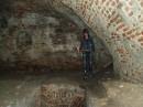 лазяю по пещерам.....