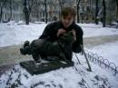 МУрчик....блестит от того что его гладят....ну вот и я подумал что он замерз в такой мороз и решил потягать его за ушки))