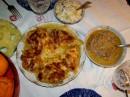 Только не надо удивляться!!!Мясо по-французски,сациви...быстро и красиво и питательно(много не съешь)!!!...