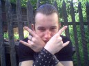 Punks no dead