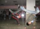 Я и мой самий лучий ДРУЖБАН...   (Break-dance рулит)