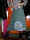 В дальнейшем хочу продолжить роспись по всей ширине юбки...