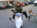 тёма залез на мой скутер!