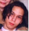 Это я с длинными волосами...