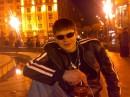Вечер, крещатик.....РОМАНТИКА))))))