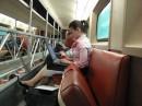 я їду додому, до себе додому...  з роботи поїздом... і так кожного дня. я сплю, а люди (як ця жіночка) працюють