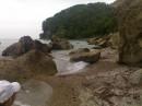 Скалы,Чёрное море,дорога ведёт к ущелью