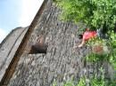 АВам Слабо - горизонтально по вертикальной стене по углом 90 градусов!