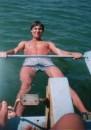 а это я на море !!! скривился немного - но думаю сойдёт !! это типа катамаран!! а фотает - брат !!!