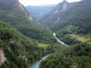Каньён реки Тара, там организован рафтинг :)