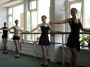 так проходит урок по танцам....)))