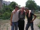 Я слева, справа Мои друз' Белый и Илья