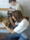 я с партнерам изучаем осколок от копыт скалапендры