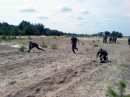 Сдавали нормативы по бегу и ползанию на поле боя :)