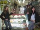 В Турции возле магазина вкусняшек.  :)))