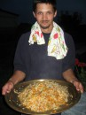 Блюдо - подарок от узбецкого правительства дедушке моего приятеля :)  Плов по фергански моего приготовления :)