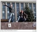 вместо памятника наверно тут када-то Ленин стоял