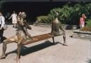 ...вот такие у них в ДОЙЧЛЯНДИИ скамейки...