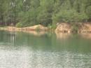 затопленный  карьер,  в  поллеских  лесах  возле  зоны  отчужденния.....