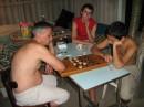 Ожесточенные бои с отцом в шашки