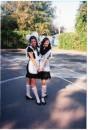Две Школьницы)))    Оля и Я