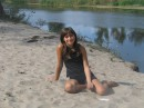 Я на пляже.Холодно было,поэтому не в купальнике.