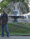 Севастополь... центр... у фонтана.... начало лета.