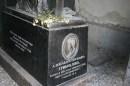 Похоронен в Тбилиси вместе со своей женой