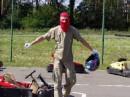 Нет, это не экстремист в залитой кровью маске. Это Я.