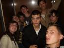 Чисто застряли в лифте))