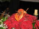 раку тоже понравился букет невесты ;)