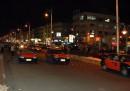 """то же место, тот же час. Кстати, в Египте нет правил дорожного движения. На вопрос: """" как же переходить улицу?"""" наш гид ответил: """"А зачем правила? Всегда же можно договориться.."""""""