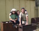 Грек + Нафаня + КОТ !!! :)))) ...улыбочка для камеры !!! Каролино-Бугаз, Одесская обл. (1 мая 2007г.)