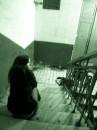 Ты меня не помнишь Я стоял по ту сторону ледяной стены Когда ты умирал, а она улыбаясь Кем то другим заполняла сны Твоя сказка больше не несет смысла Осколок в сердце кричал ее имя....